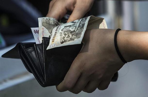 hogy nyugaton hogyan keresnek pénzt)