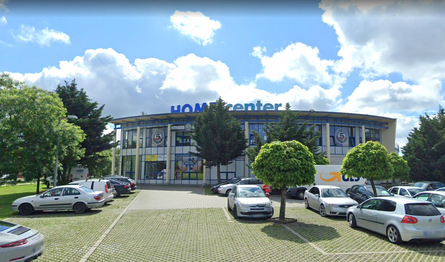 SUGÁR Üzletközpont – Wikipédia