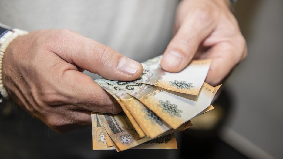 hogy nyugaton hogyan keresnek pénzt