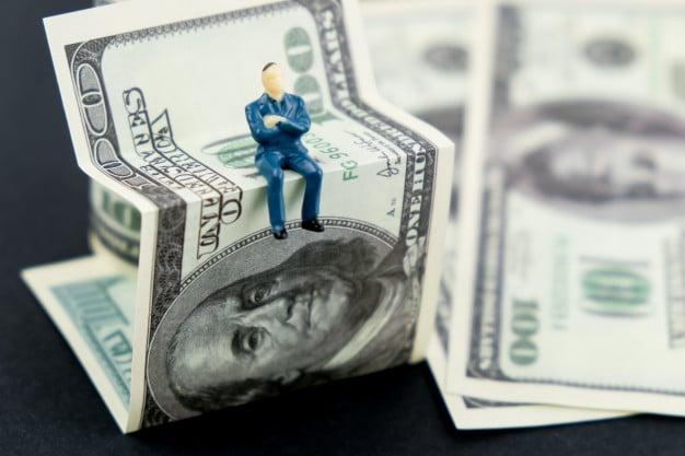 pénzt keresni a tőzsdén)