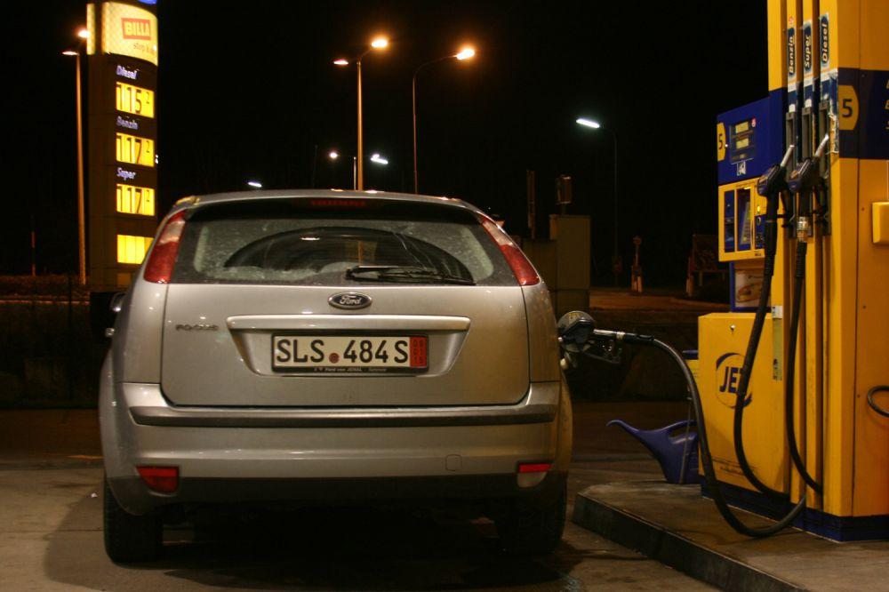 Az alvázszám megadása felgyorsíthatja az autó eladását | Világgazdaság