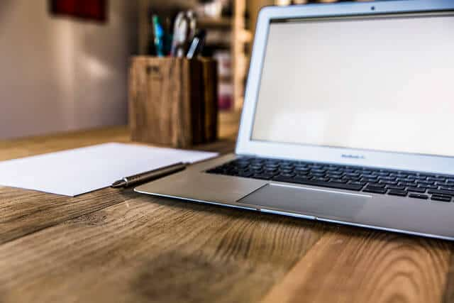 Miért nincsen normális internetes, otthonról végezhető munka? | Minner