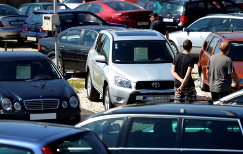 autókereskedelem hírekkel