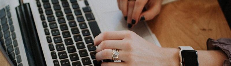 pénzt kereshet weboldalon online jövedelem kérdőív
