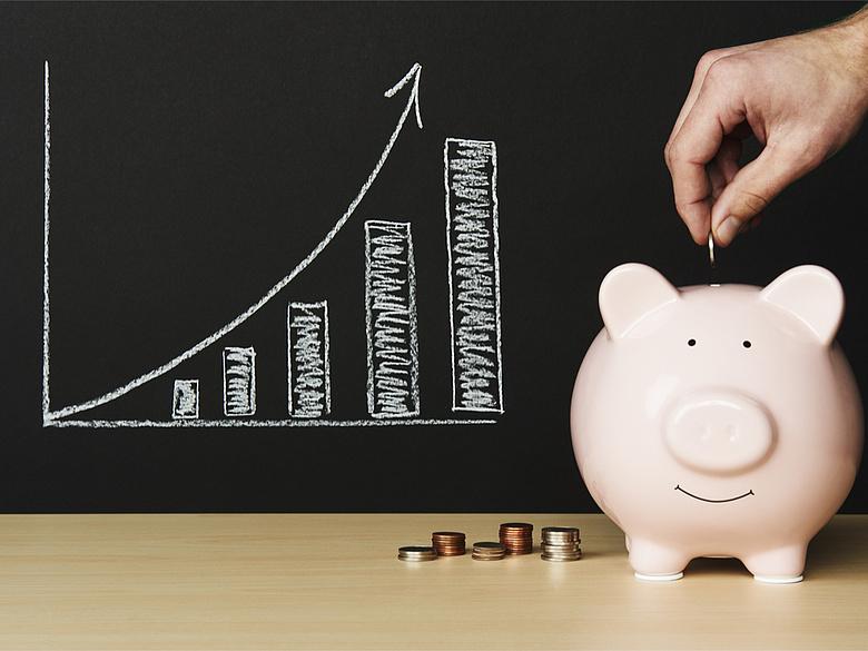 a pénzt megtakarítani többet ér, mint keresni)