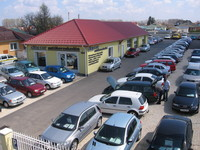 autókereskedések kereskedéssel