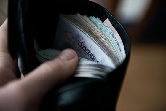 pénzbefektetés nélkül is lehet keresni?)