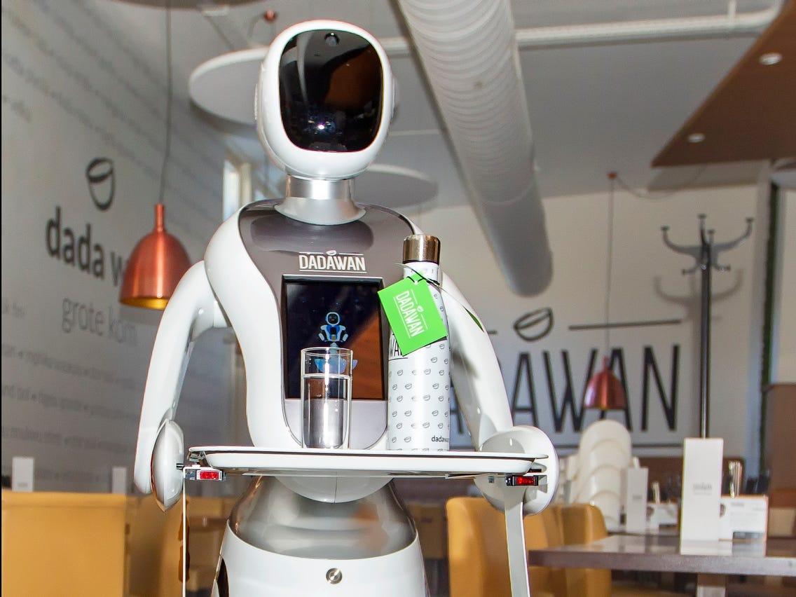 robot a kereskedelemben Kremenchukban)