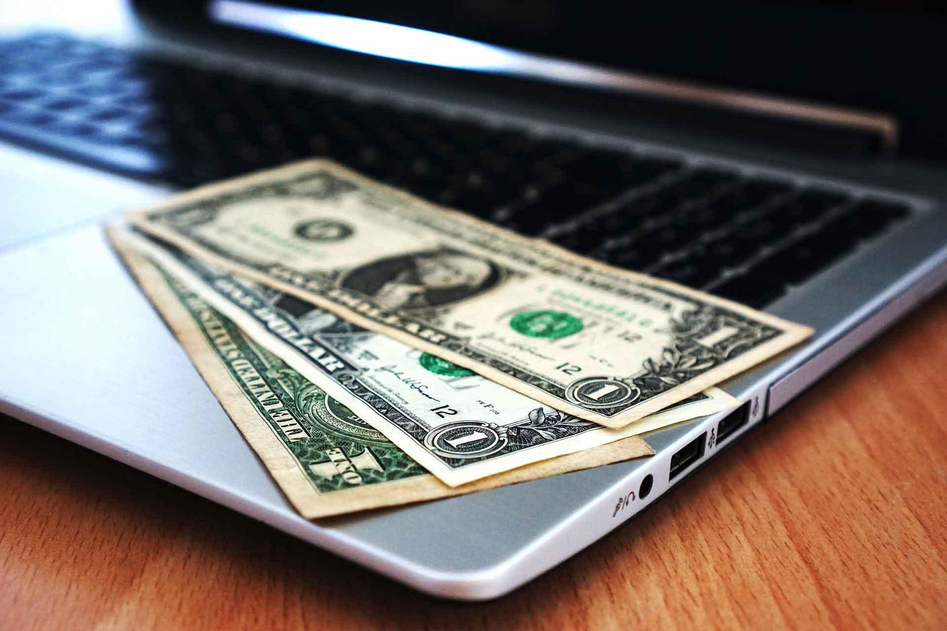 az internetes pénzkeresés eredménye Bitcoin árjóslás december