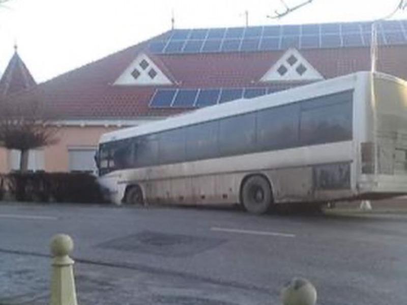 Közúti baleset okozása