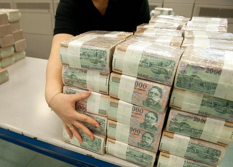 hogyan kerestek az emberek sok pénzt